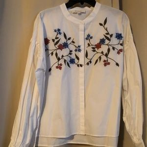 NWT BLOUSE BY TWO BY VINCE CAMUTO SIZE M